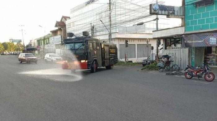 PPKM Level 4 Resmi Diperpanjang, Jalan Utama di 4 Kecamatan Klaten Disemprot Disinfektan