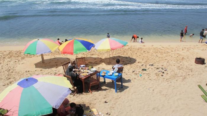 6 Hal Mengasyikan Yang Bisa Kamu Lakukan Di Pantai Pok Tunggal Tribun Jogja