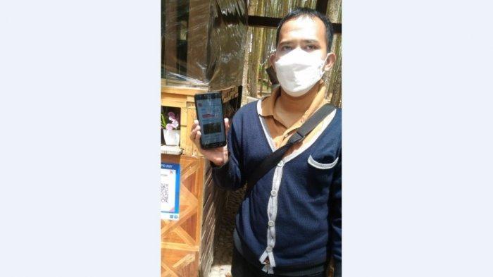 Wisatawan yang berkunjung ke tempat wisata di DIY sudah terbiasa menggunakan aplikasi PeduliLindungi.