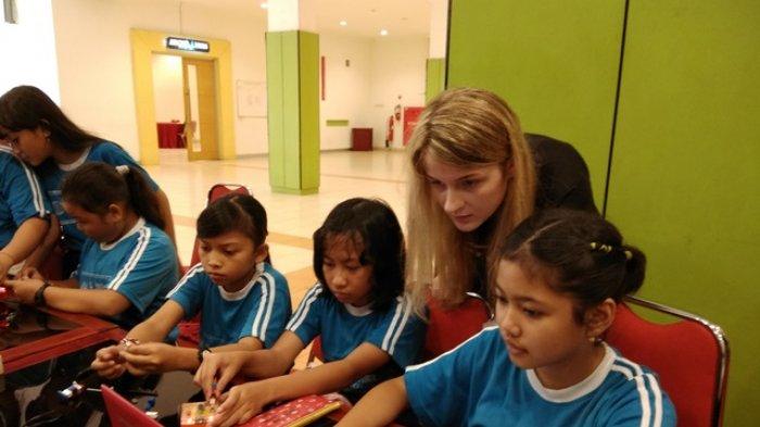 Taman Pintar Yogyakarta Bekerja Sama dengan Macquarie University Gelar Workshop Robotik