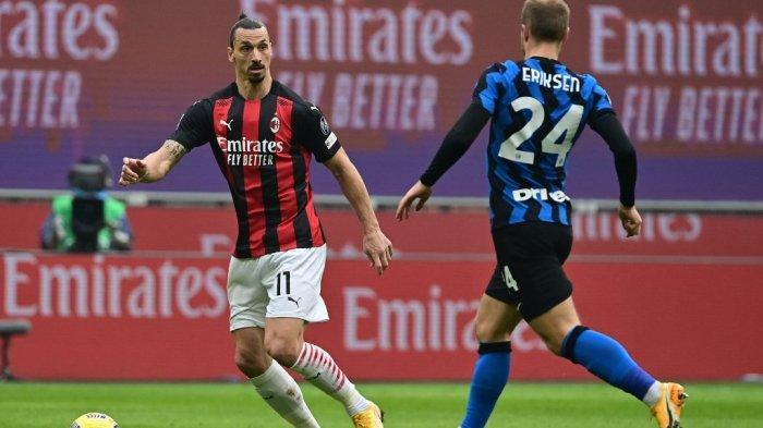 Zlatan Ibrahimovic vs Christian Eriksen saat AC Milan vs Inter Milan
