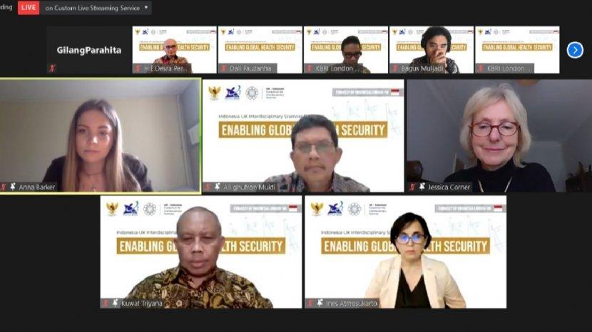forum-diskusi-enabling-global-health-security-yangdiadakan-oleh-ukiciskamis-2522021.jpg