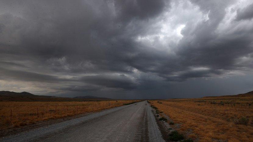 penjelasan-bmkg-yogyakarta-munculnya-mendung-hujan-di-musim-kemarau.jpg