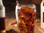 3-dampak-buruk-terlalu-banyak-minum-soda_20180807_160715.jpg