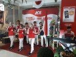 ace-hartono-mall-yogyakarta-sambut-pelanggan-lewat-paduan-suara-karyawan.jpg