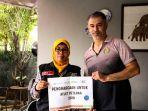 act-beri-penghargaan-legenda-voli-indonesia-pascal-wilmar.jpg