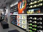 adidas-store-lippo-plaza-3_20160923_131020.jpg