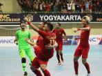 aff-futsal-championship-2018-sengit-indonesia-kontra-malaysia-sama-kuat-di-babak-pertama_20181106_152722.jpg
