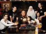ahmad-dhani-mulan-jameela-dan-keluarganya.jpg