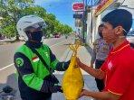 alfamart-berikan-bahan-pokok-hasil-donasi-konsumen-untuk-masyarakat-yogyakarta.jpg