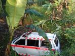ambulans-masuk-jurang_20170715_233427.jpg