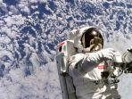 astronot-nasa_20180326_232108.jpg