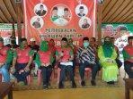 bakal-calon-bupati-abdul-halim-muslih-duduk-bersama-pembina-utama-relawan-sebhumi-idham-samawi.jpg