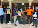 banyak-warga-belum-tersentuh-bantuan-pusat-pemdes-bangunharjo-kembali-distribusikan-sembako.jpg