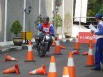 belasan-ribu-bikers-ikuti-pelatihan-safety-riding-yang-digelar-astra-motor-yogyakarta.jpg