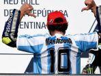 berita-motogp-berikan-pesan-menyentuh-maradona-sebut-valentino-rossi-layaknya-malaikat.jpg