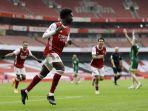 bukayo-saka-merayakan-gol-pembuka-saat-arsenal-v-sheffield-united-di-emirates-stadium-4-oktober-2020.jpg