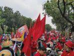 buruh-dan-mahasiswa-kembali-turun-ke-jalan-peringati-2-tahun-kepemimpinan-jokowi-maruf-amin.jpg
