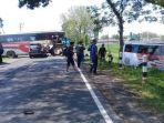 bus-eka-mira-dan-sumber-selamat-terlibat-dalam-kecelakaan_20180417_165516.jpg