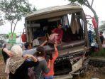 bus-kecelakaan-pati_20170621_091144.jpg