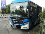 bus-trans-jogja-kecelakaan-di-depok_20180314_145222.jpg