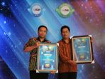 canon-menerima-penghargaan-solo-best-brand-index-2018_20180508_215519.jpg