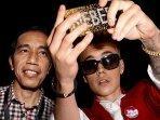 cerita-di-balik-foto-presiden-jokowi-selfie-bareng-justin-bieber-dan-leonardo-dicaprio-jadi-ojol.jpg