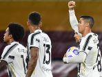 cristiano-ronaldo-selebrasi-setelah-cetak-gol-penalti-dan-samakan-kedudukan-1-1-saat-roma-v-juventus.jpg