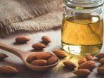 dari-rambut-hingga-kuku-ini-manfaat-minyak-almond-untuk-perawatan-tubuh.jpg
