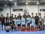 david-singelton-berikan-coaching-clinic-untuk-atletmuda-bima-perkasa-academy.jpg