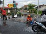 disinyalir-jadi-penyebab-banjir-pemkot-yogya-selidiki-kerusakan-sah-di-jalan-jambon.jpg