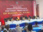 dr-edy-wijayanti-se-mkes-saat-ujian-promosi-doktor-ilmu-hukum-universitas-islam-indonesia.jpg
