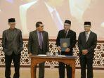 dr-muchlas-mt-resmi-dilantik-menjadi-rektor-universitas-ahmad-dahlan.jpg