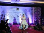 fashion-show-gaun-pengantin-dalam-acara-gathering-vendor-wedding.jpg