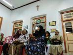 gereja-katolik-st-yusup-bintaran-gelar-buka-bersama-dengan-warga.jpg