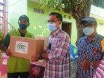 gkr-indonesia-distribusikan-ratusan-paket-sembako-untuk-pkl-dan-jukir-jalan-urip-sumoharjo.jpg