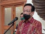 gubernur-diy-sri-sultan-hamengku-buwono-x-11621.jpg