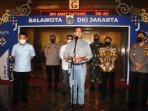 gubernur-dki-jakarta-anies-baswedan-didampingi-kapolda-metro-jaya-irjen-pol-fadil-imran.jpg