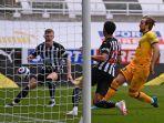 harry-kane-mencetak-gol-pertama-di-liga-inggris-newcastle-vs-tottenham-hotspur-4-april-2021.jpg