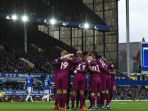 hasil-pertandingan-liga-inggris-everton-vs-manchester-city-maret-2018_20180401_061417.jpg