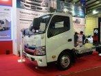 hino-hybrid-bakal-menjadi-truk-paling-ramah-lingkungan.jpg