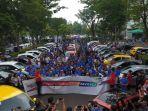 hpm-serahkan-200-all-new-honda-brio-ke-konsumen-di-indonesia_20181017_183300.jpg