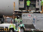 indonesia-kedatangan-998400-dosis-vaksin-astrazeneca-bantuan-dari-pemerintah-jepang.jpg
