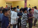 iswa-siswi-sd-muhammadiyah-condong-catur-mengikuti-motivation-training-di-sekolah3_20171104_223448.jpg