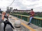jembatan-gondolayu-yogyakarta-jadi-spot-foto-berlatar-rumah-di-sekitar-kali-code.jpg