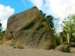 kawasan-wisata-batu-alien-di-dusun-jambu-kepuharjo-cangkringan-sleman2_20170725_185653.jpg