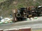 kecelakaan-truk-tabrak-sekeluarga.jpg