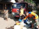 kekurangan-air-bpbd-magelang-lakukan-droping-air-bersih-di-desa-kembanglimus-dan-kenalan.jpg