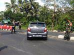 kendaraan-plat-luar-daerah-diminta-putar-balik-tempel-sleman.jpg