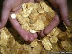 koin-emas-harta-karun.jpg